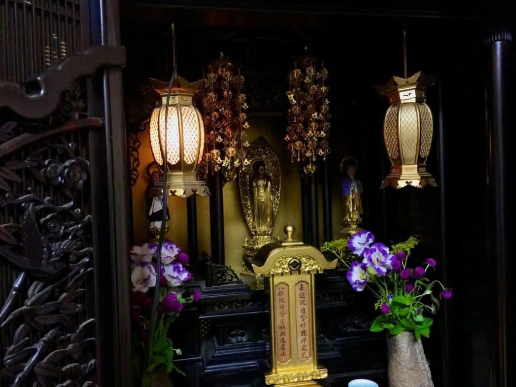 仏壇を処分する際に知っておきたい手順と供養
